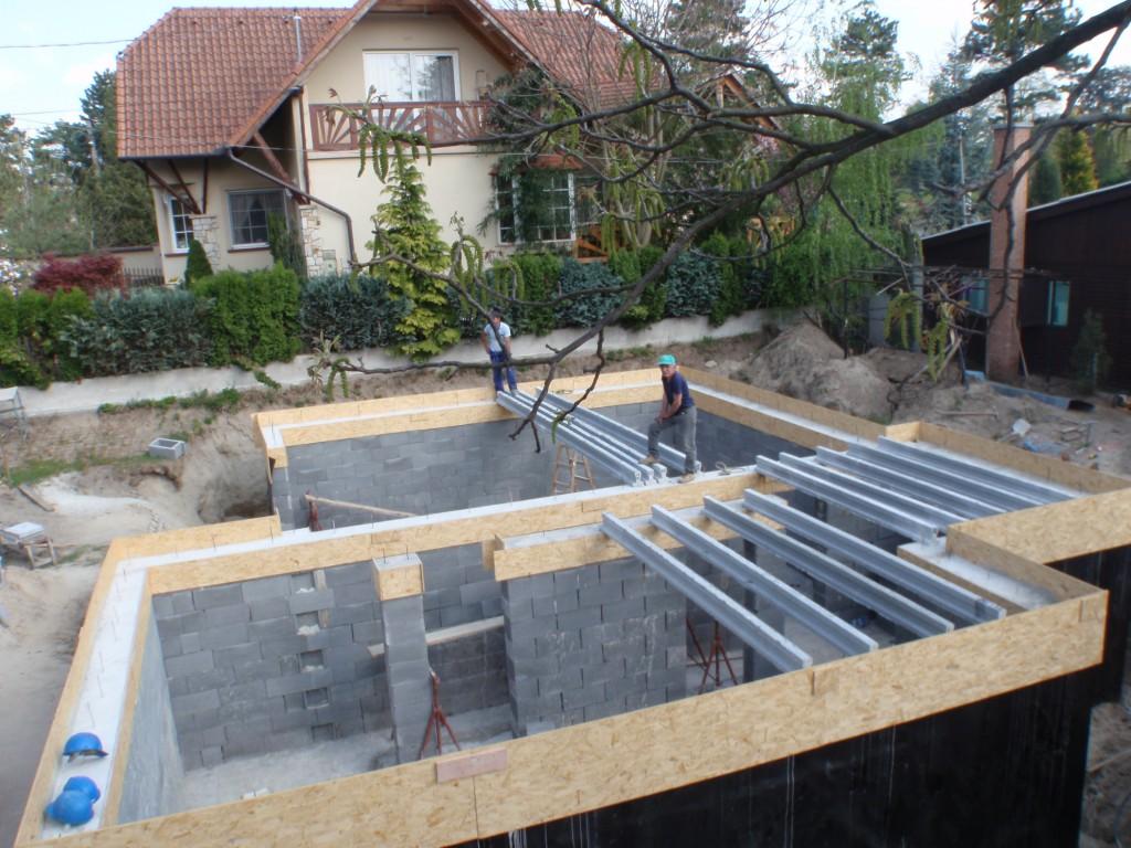 Photo of Készház építés 15-21. nap. Pince födémszerkezet készítése, oldalfal hő- és vízszigetelése
