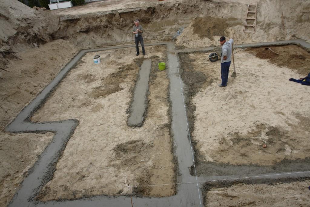 Photo of Készház építés 4-5. nap. Aljzatvasalás és aljzatbeton készítés