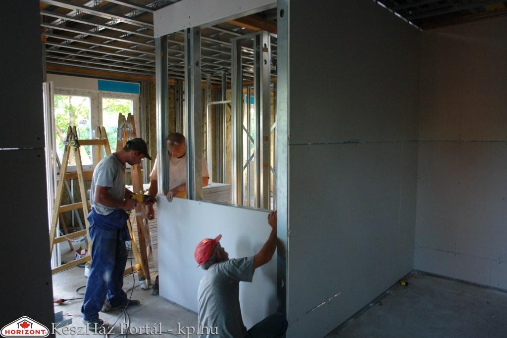 Photo of Készház építés. 10. nap. EnergyFriendHome készház acélszerkezetes falainak Heratekta burkolása