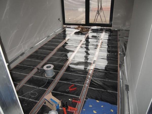 Photo of Könnyűszerkezetes ház CALEO fűtésrendszerének szerelése 50. nap