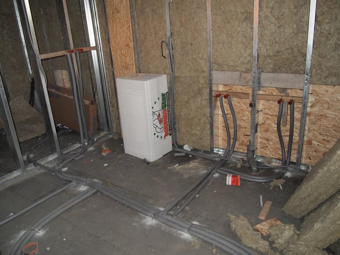 Photo of EnergyFriendHome készház villany és vízvezeték szerelése 17-22. nap