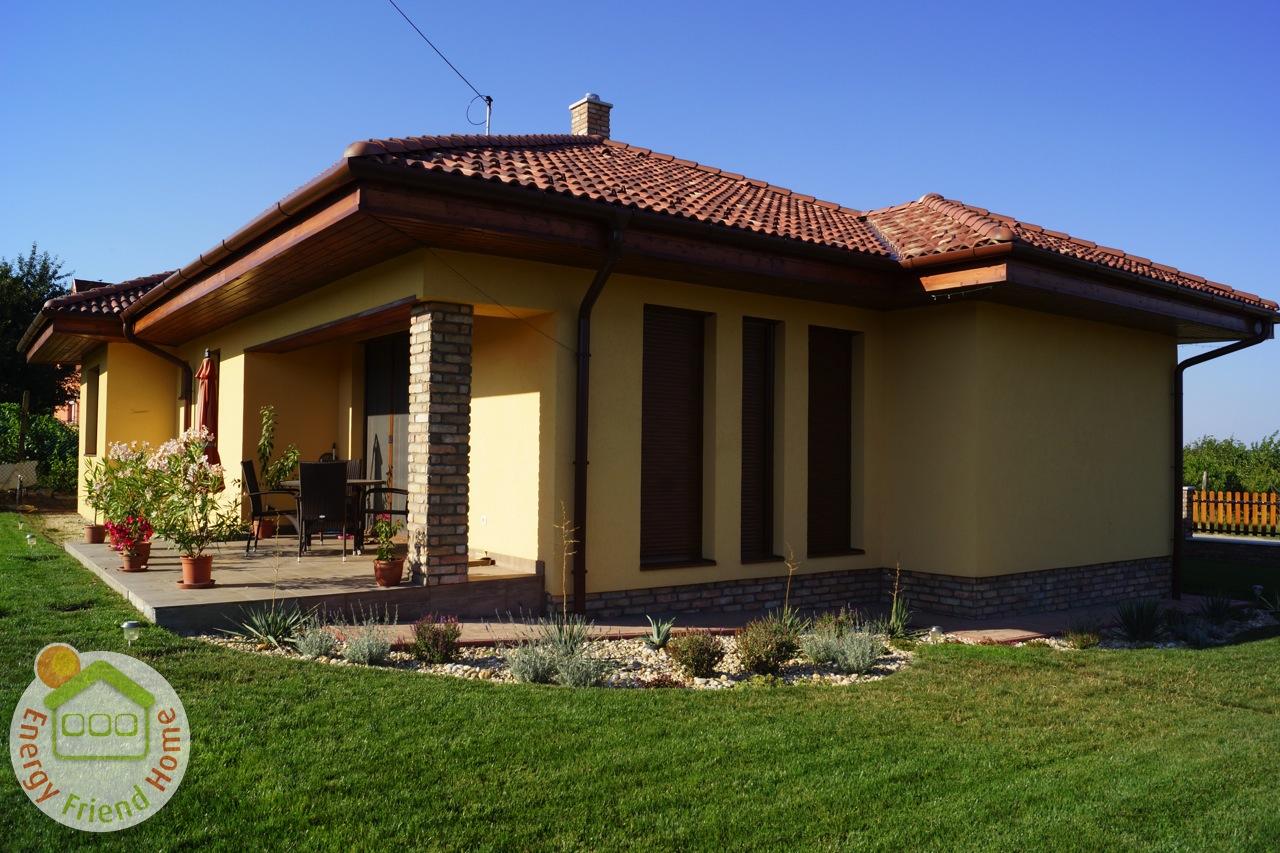 Photo of Mediterrán könnyűszerkezetes családiház építés