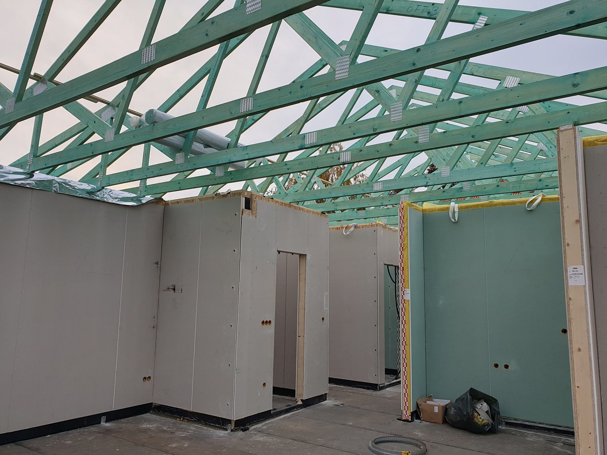 Photo of Családi ház falszerkezet és tetőszerkezet felépítése 15 óra alatt